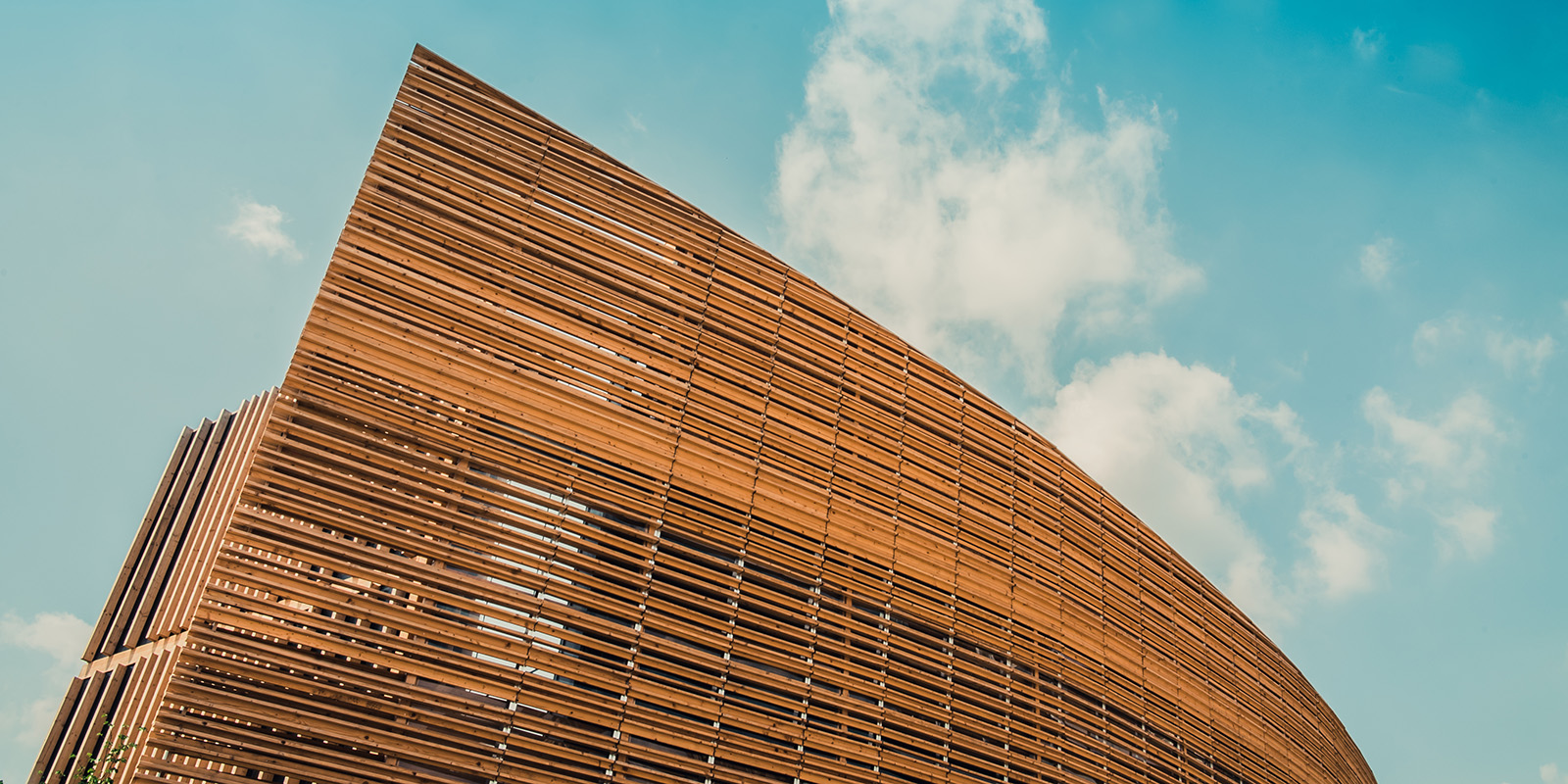 wood-building-detail